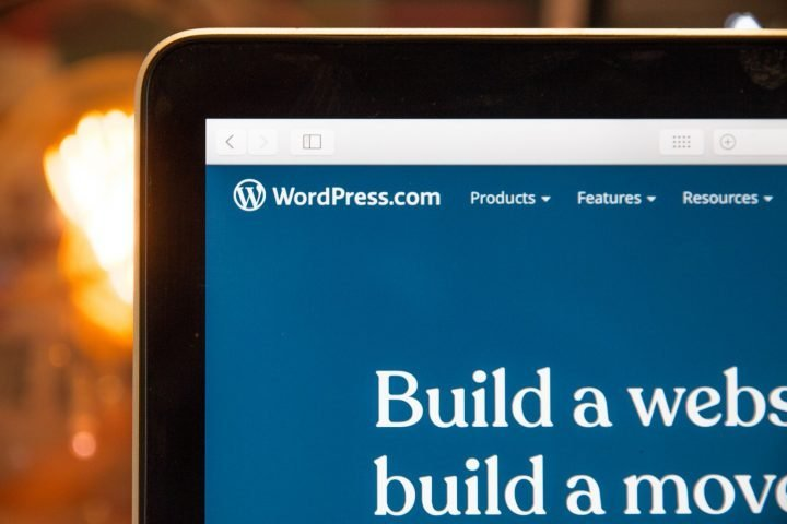How to Choose a WordPress Theme for Your Academic Services Website